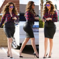 IS KHLOE KARDASHIAN BUMMED OUT TO BRING DOWN THE INTERNET TOO?...SEE PICS