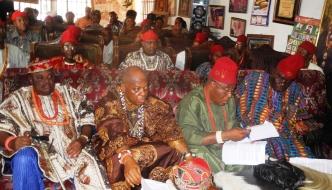 LAGOS SELF-ACCLAIMED EZES TAKEN TO SCHOOL OVER GREEDY NOD TO AMBODE AND APC PROPAGANDA