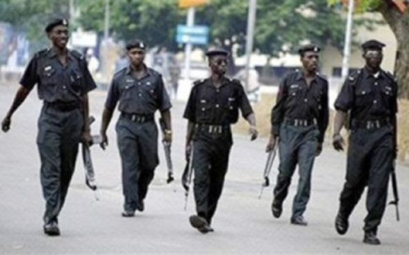 JAMB STUDENTS ON RAMPAGE...FIRED ON BY POLICE!