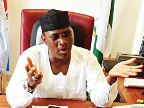 """VOTE OF CONFIDENCE"" PASSED BY SENATORS ON SARAKI HAS NO MEANING...SAYS SENATOR KABIR MARAFA"
