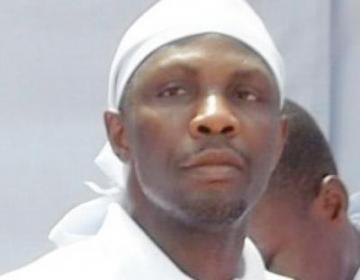 """AVENGERS...""""TOMPOLO IS CARRYING ON A DIALOGUE ON THE PAGES OF THE NEWSPAPERS WITH HIMSELF!"""""""