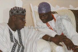 PHOTO NEWS...OBJ HIGHLIGHTS YORUBA CULTURE BY PROSTRATING TO THE ONI OF IFE!